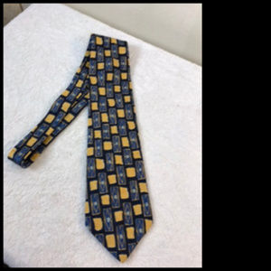 Oscar de la Renta 100% Silk Tie Made in USA